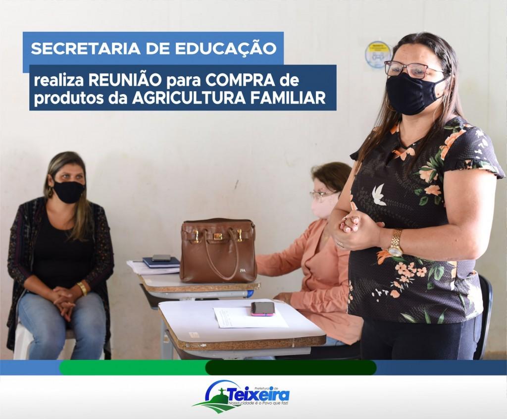 SECRETARIA DE EDUCAÇÃO FAZ REUNIÃO COM PRODUTORES RURAIS